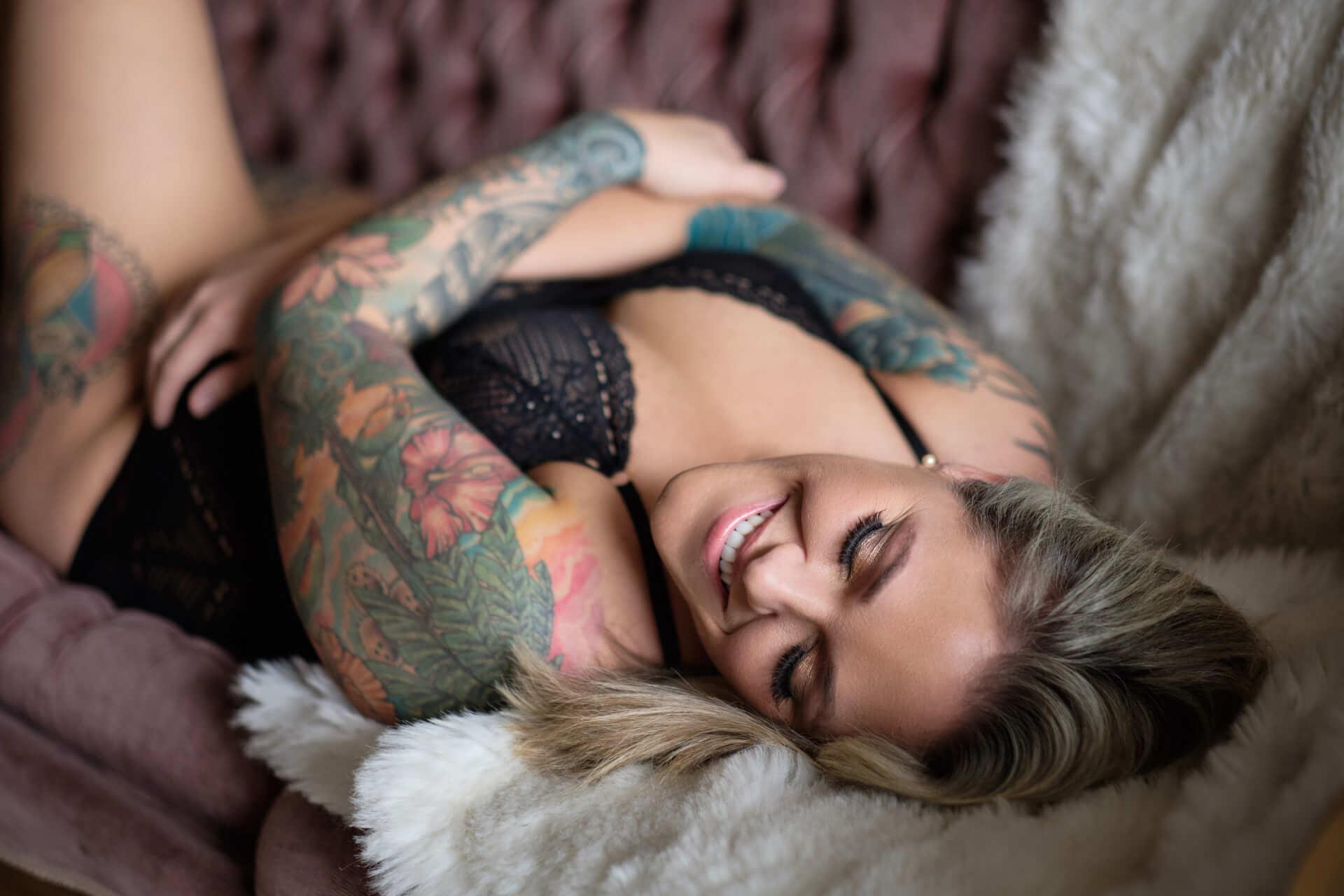 Toronto boudoir intimate photography studio professional lingerie nude