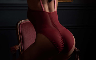 A HUSBAND TELLS US ABOUT HIS WIFE'S BOUDOIR EXPERIENCE
