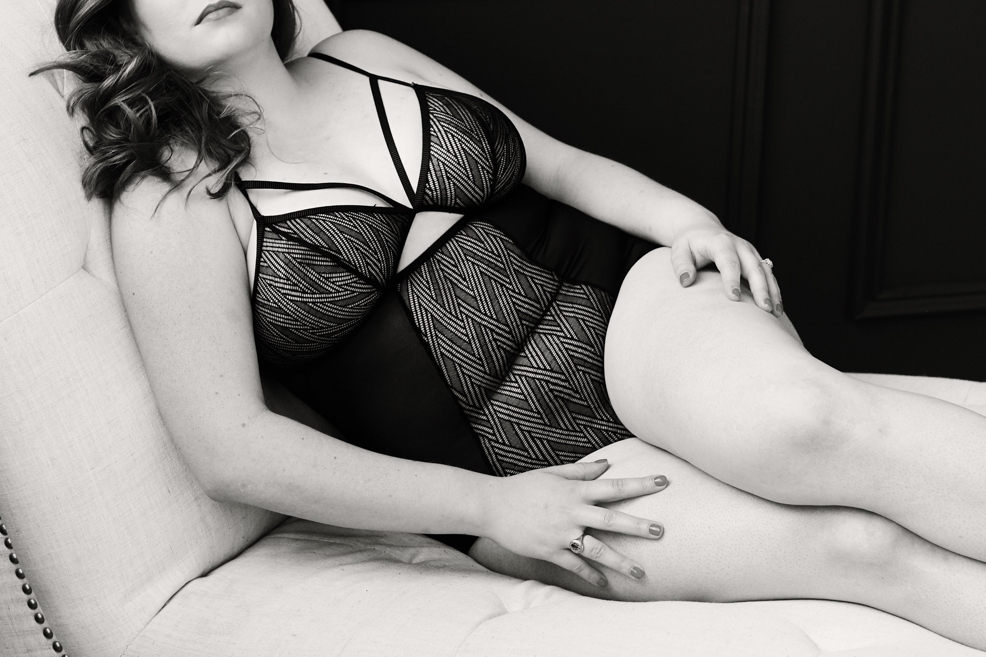 Toronto boudoir photography studio professional photographer intimate portraits
