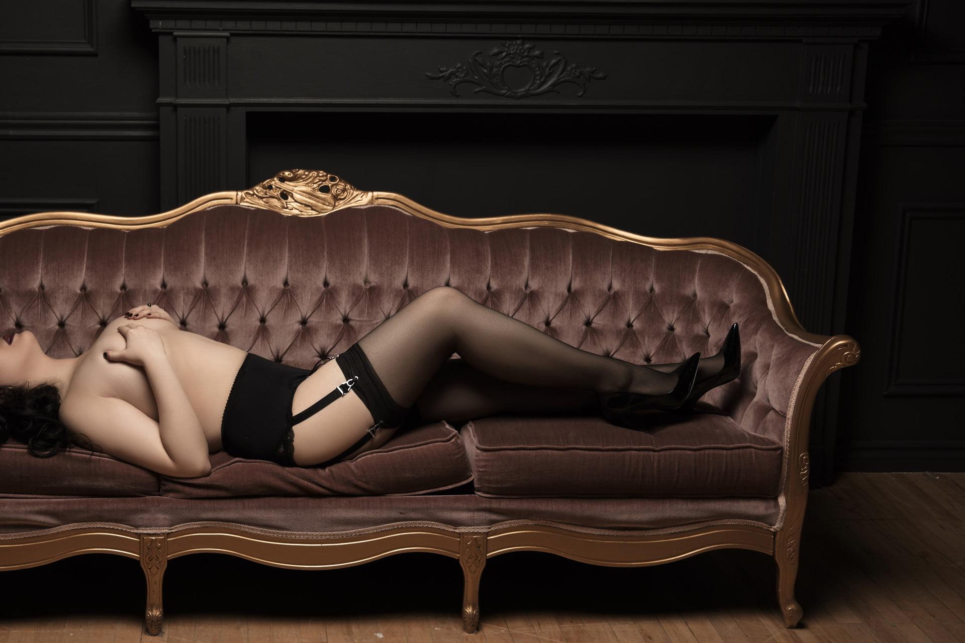 Toronto intimate portraits professional boudoir studio
